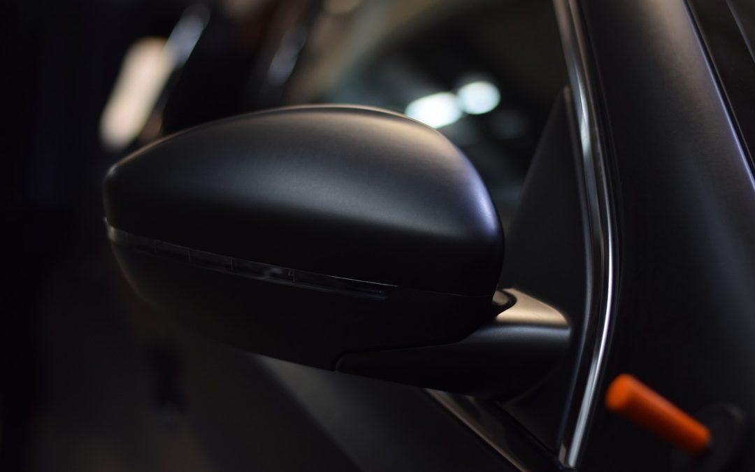 ¿Cómo se hace los vinilos para coches? Paso a paso